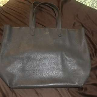 Cuyana bag - Genuine Italian leather