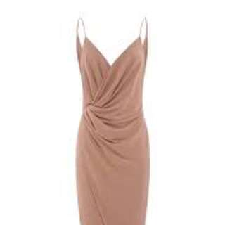 Size 8 sheike embassy maxi pinky nude