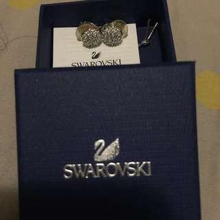 Swarovski夾款水晶耳環🕚限時減價,原價$450