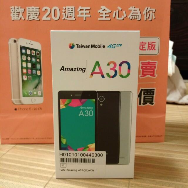 全新台灣大續約手機Amazing A30