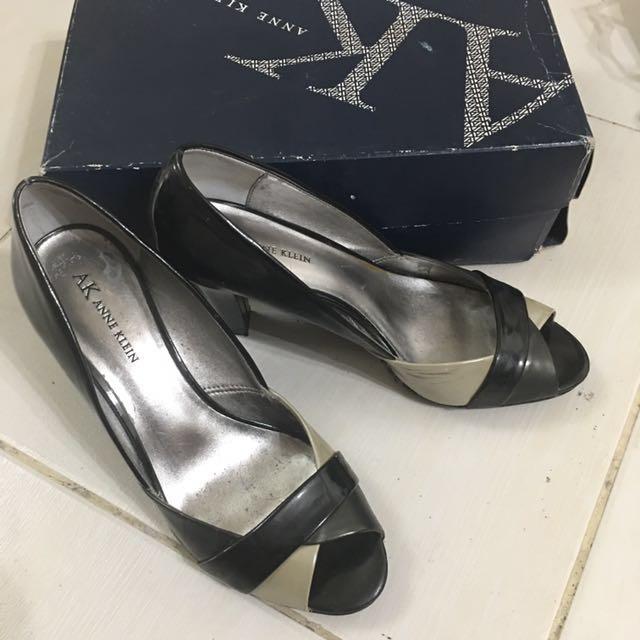 Anne Klein heels s8
