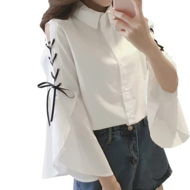 BRAND NEW Spring Summer White Top with laces