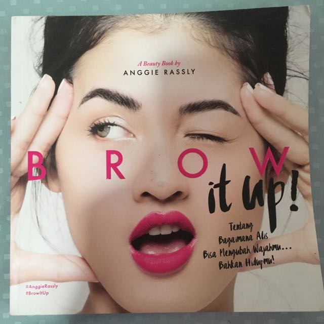 Buku Brow It Up!