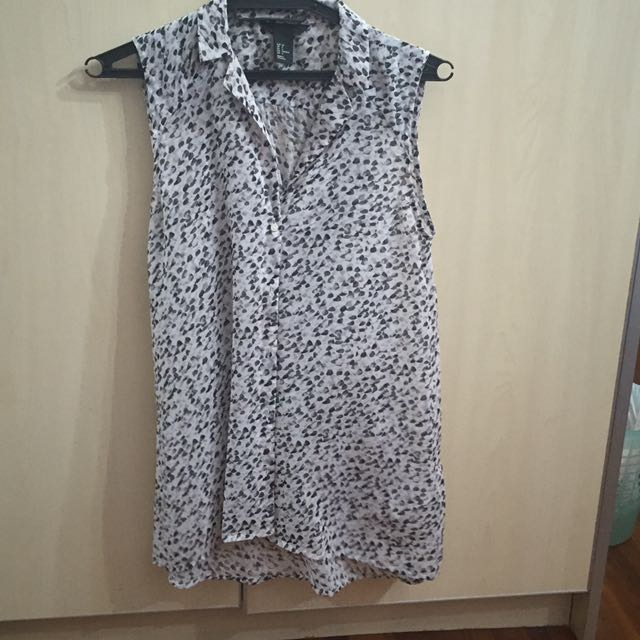 [charity] H&M Sleeveless Top M