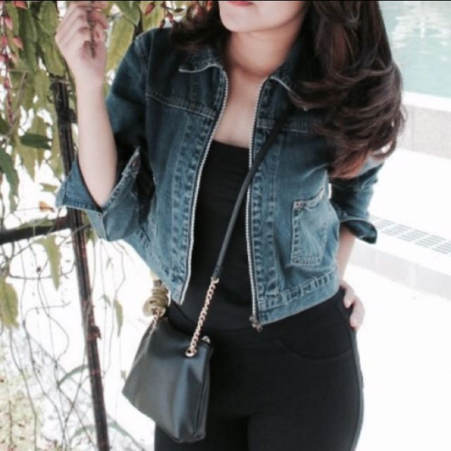 Crop denim