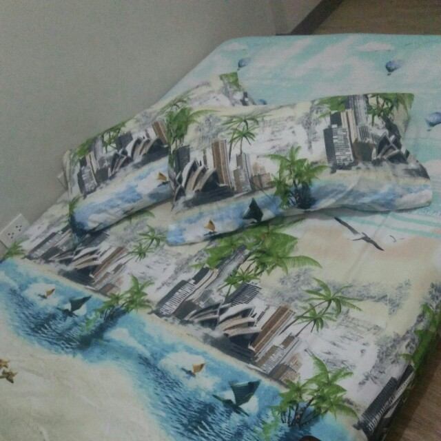 Double Size Fitted Bed Sheet w/ 2 Pillow Cases