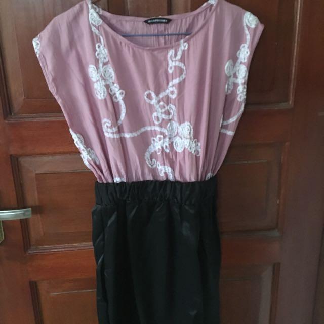 Dress pink & black