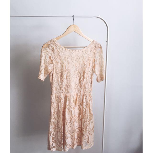 f21 lace dress