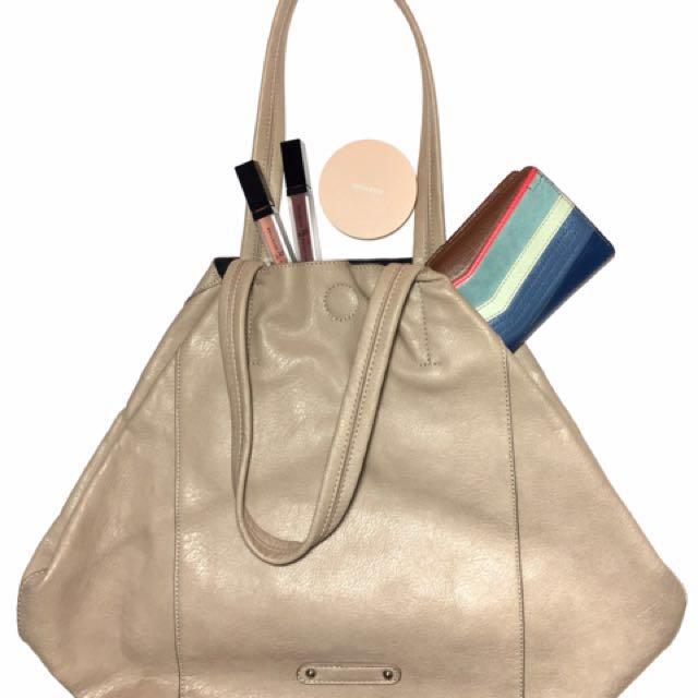 Forever 21 Cream Tote Bag