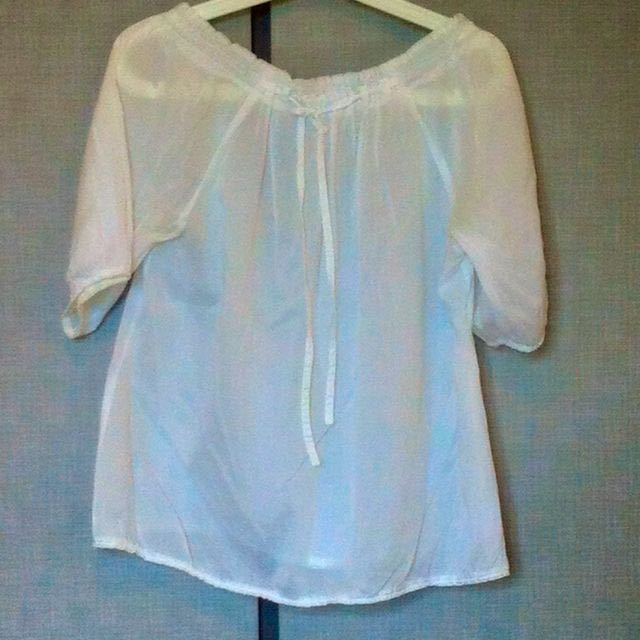 Gauze Sheer Off-shoulder Top M