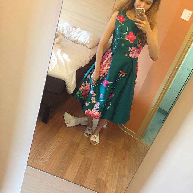 green flower maxi dress