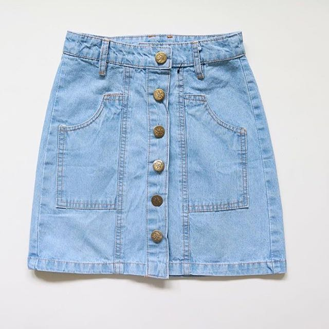 highwaist skirt button