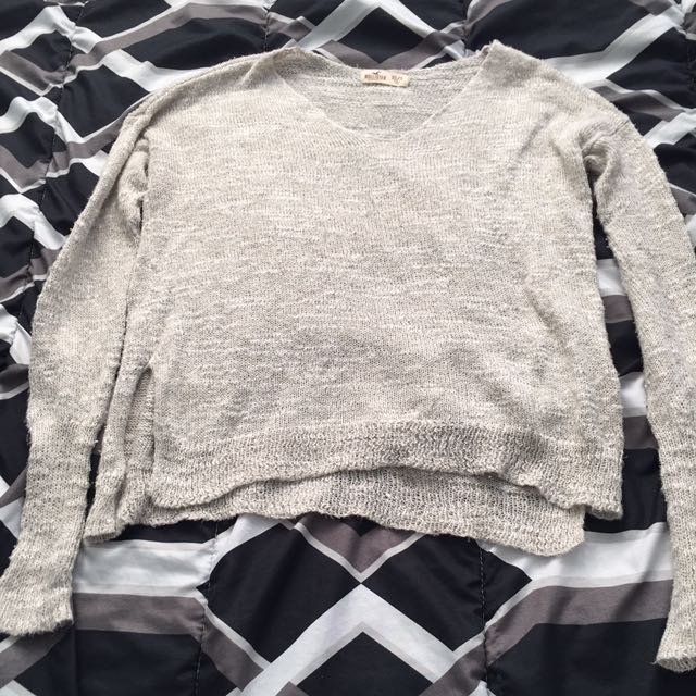 Hollister thin knitted sweater