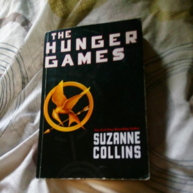 Hunger Games Paperback