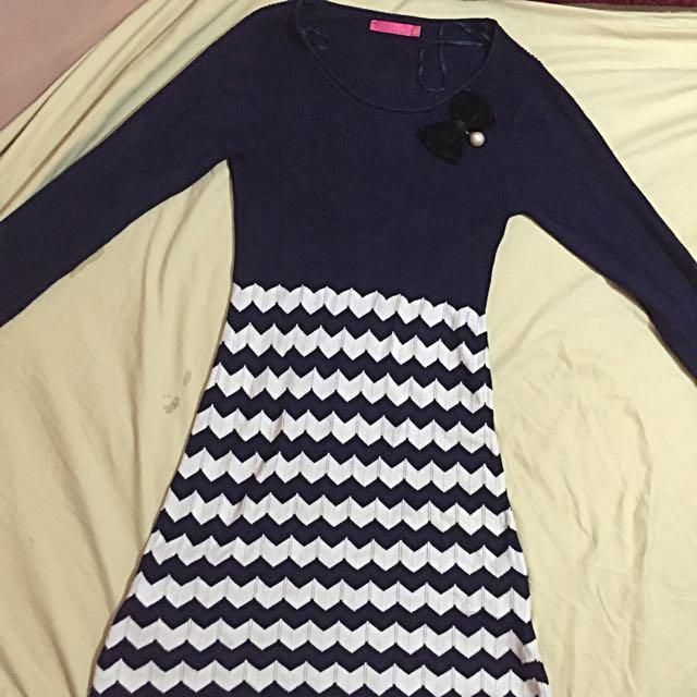 Longsleeve Dress (fitted)