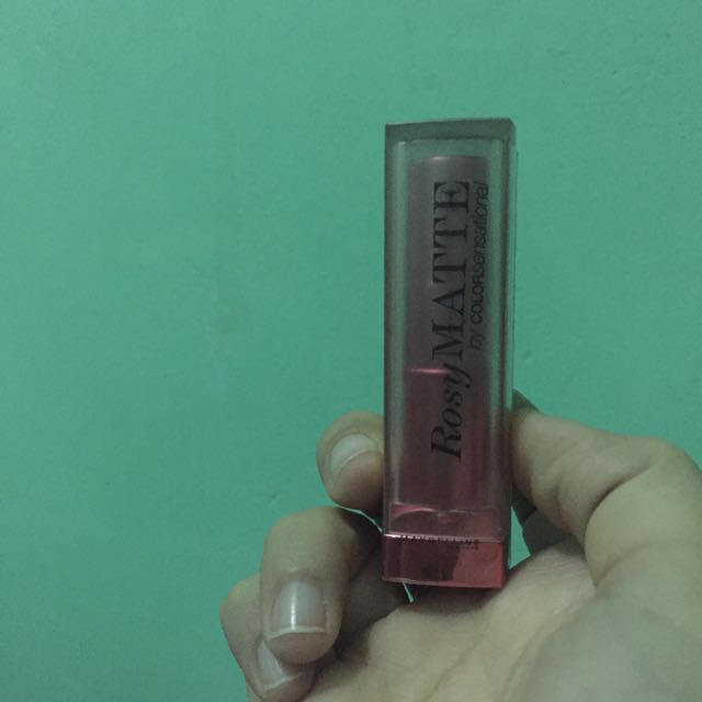 Maybelline Rosy Matte Lipstick - Salmon Pink