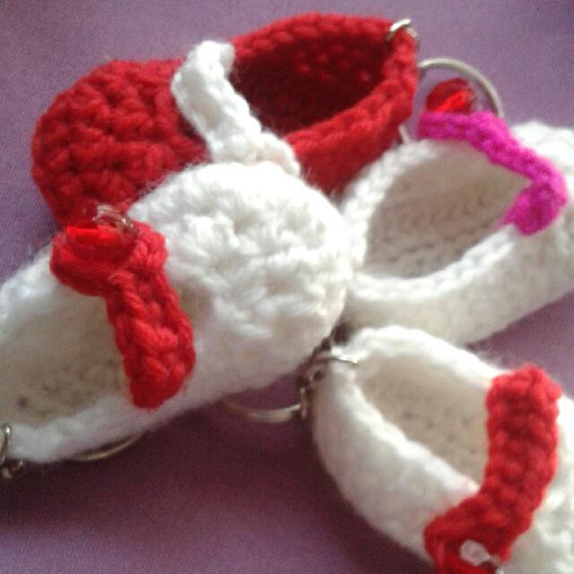Mini booties crochet (perfect for baby shower, christening, birthday souvenir)