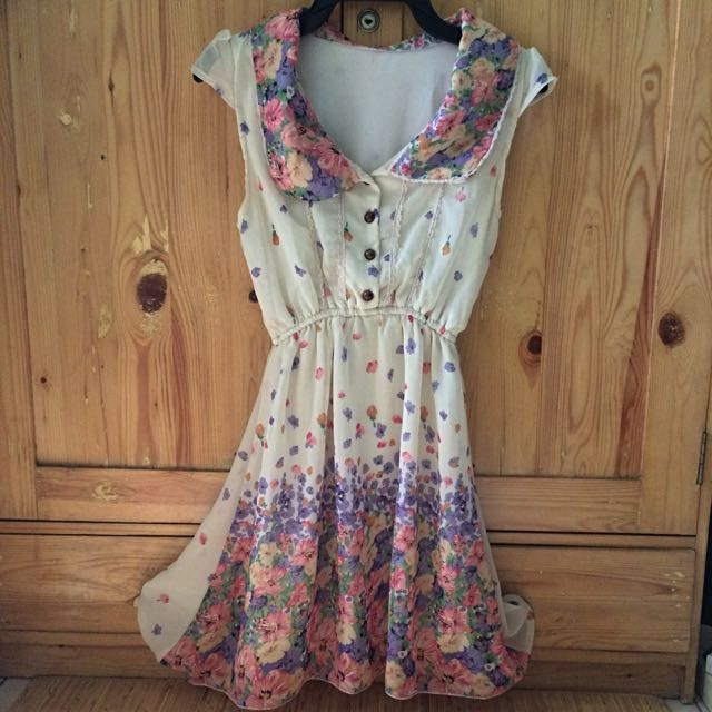 Mini flower dress