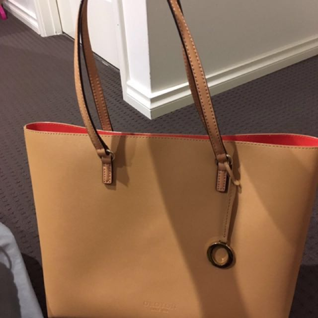 Preownd Oroton bag