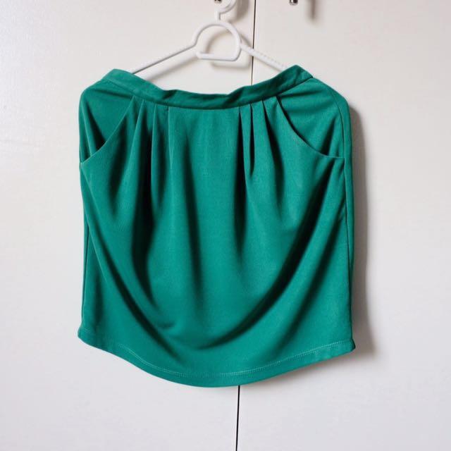 Redhead Green Skirt
