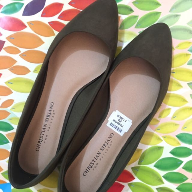 SALE: Flats from Payless!