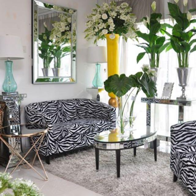 Ssf zebra sofa to let go