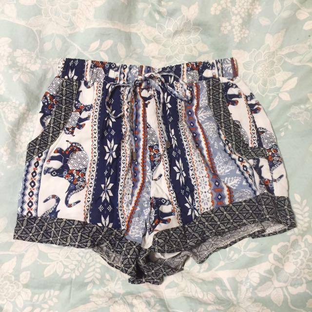 Tribal Print Shorts Size 6