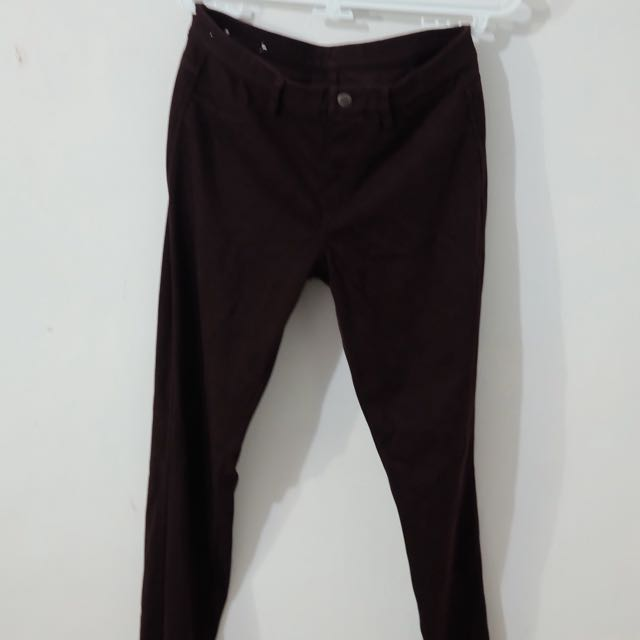 Uniqlo Maroon Pants