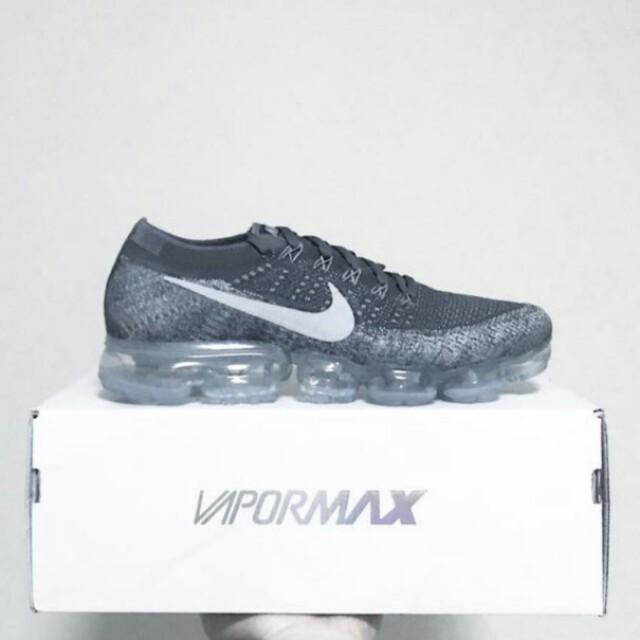 2467a43d79778 US 10.5  BNIB Nike Vapormax Flyknit Asphalt - Dark grey   Black-wolf ...