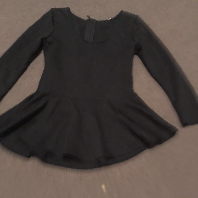 Women's size small black peplum 3/4 sleeve shirt