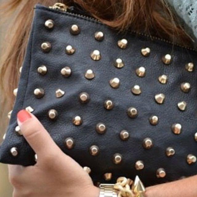 9b45bb8ff1f8c Zara studded clutch, Women's Fashion, Bags & Wallets on Carousell