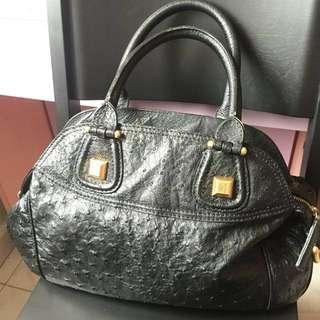 Givenchy 黑色三用袋現低過一折出售