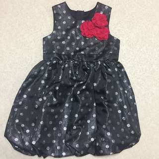 Girls dress for 4/5 yrs old