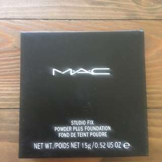 MAC Cosmetics Studio Fix Foundation Powder NC40 new real