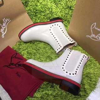 Flat  Christian Louboutin Boots
