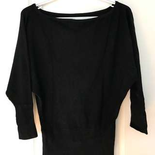 over size black top