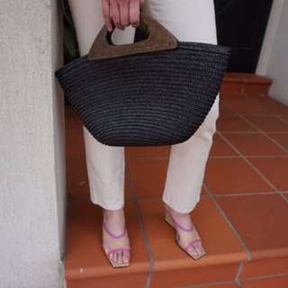 vintage straw bag with wooden handle