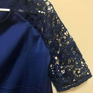 Lace and Satin-textured Shirt (M)