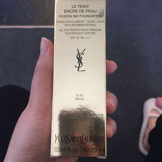 YSL fusion ink foundation B30 Beige