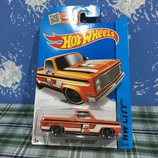 Hot Wheels '83 Chevy Silverado