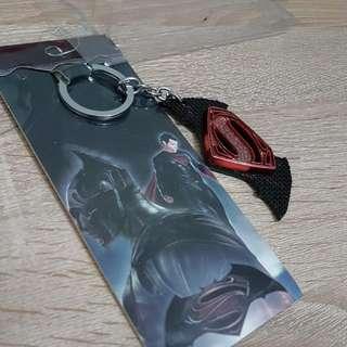 Superman vs Batman Keychain