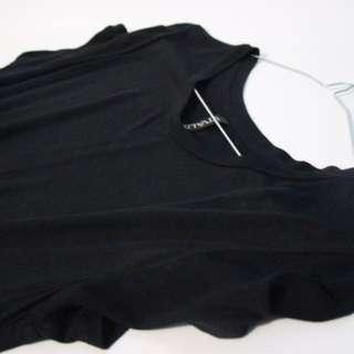 Kaos hitam panjang