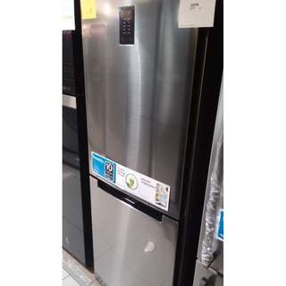 SAMSUNG inverter no frost BOTTOM FREEZER refrigerator 11 cu.ft model: RB29FRENDSS
