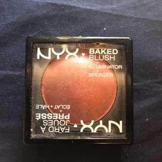 NYX Baked Blush + Illuminator + Bronzer in one
