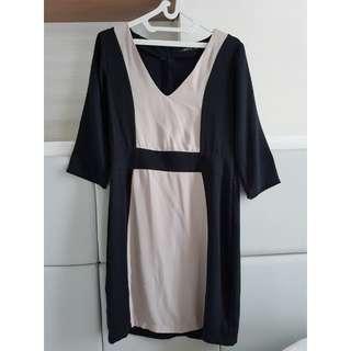 simple midi dress size M