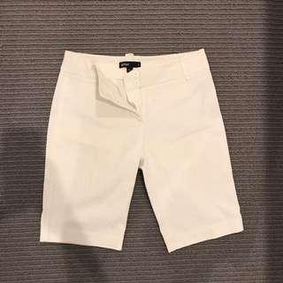 Sports girl shorts size 8