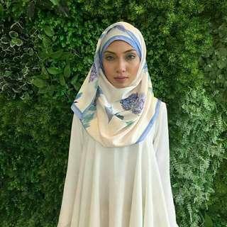Lady Qomash Hydrangea Blue Shawl