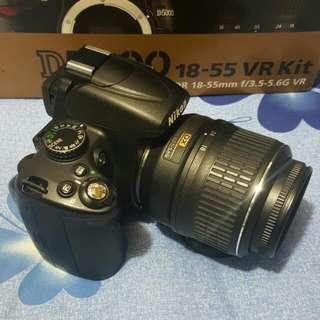 Nikon D5000 + 18-55mm