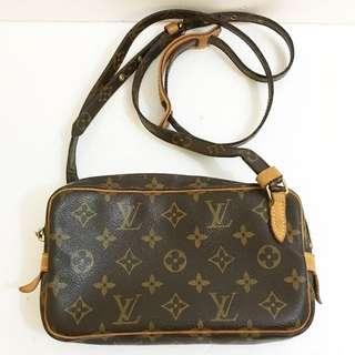Louis Vuitton Vintage Monogram Canvas Pochette Marly Bandouliere Small Shoulder Bag LV 斜背包
