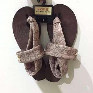 Michael Kors 涼鞋(超新)